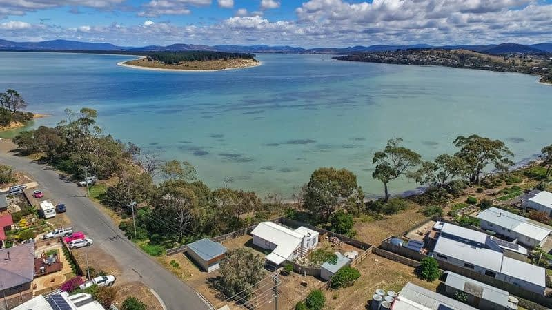 Outer suburb Dodges Ferry saw double-digit growth after GFC